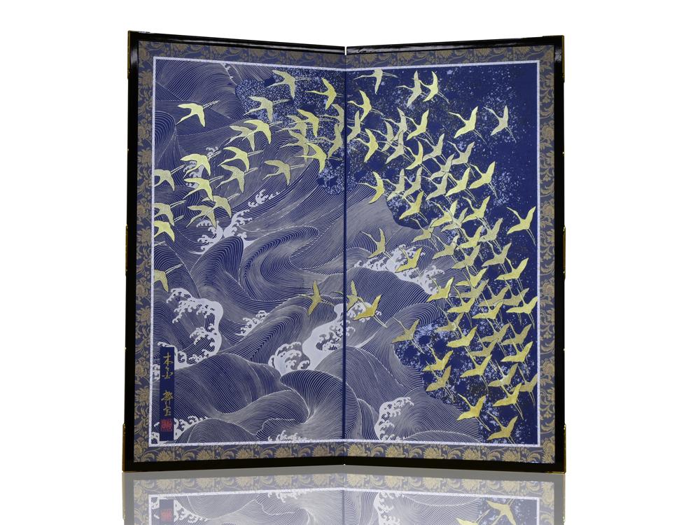 2曲 紺鳥の子紙 本金金彩 群翔鶴 H90cm×W45cm